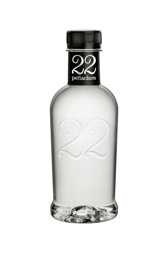 Peñaclara 22 Diseño Packaging Agua Mineral Premium